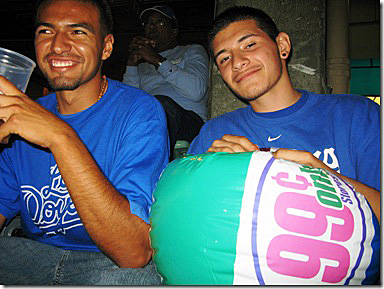 A couple of typical Dodger Stadium beach ballers (note the alcohol). (Photo credit - livefromlosangeles.typepad.com)