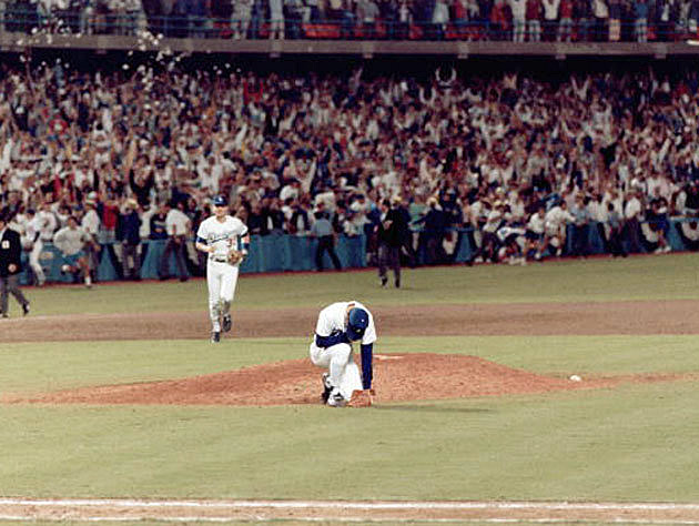 Orel Hershiser's great moment after pitching the Dodgers to their sixth World Series Championship 25 years ago. (AP photo)