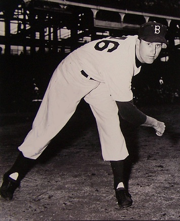 Ben Wade pitched briefly for the Brooklyn Dodgers from 195x to 195x. (AP photo)