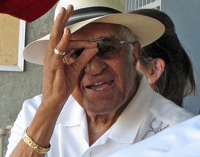 At 85 years old, Dodger legend Don Newcombe is as sharp as ever. (Photo credit - Ron Cervenka)