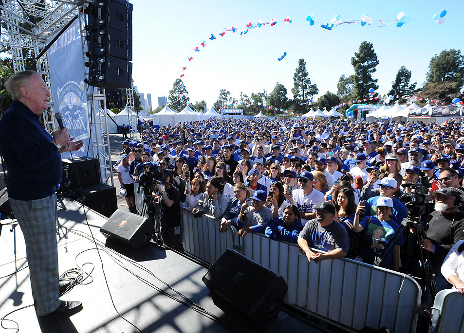 If Vin Scully calls it, they will come. (Photo credit - Juan Ocampo)