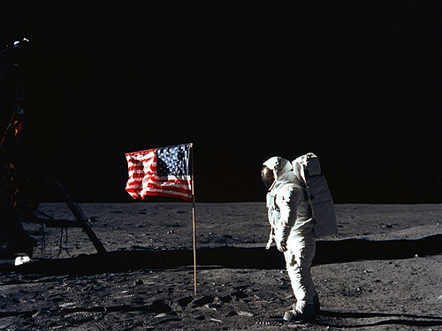 neil armstrong first astronaut on the moon - photo #14