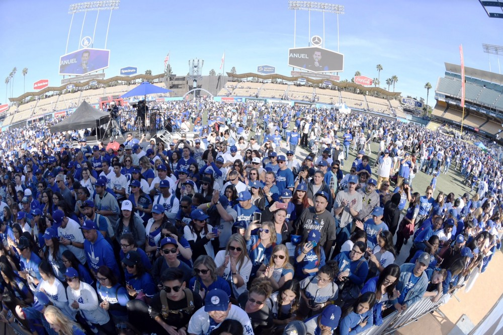 Dodgers FanFest draws record crowd | Think Blue LA