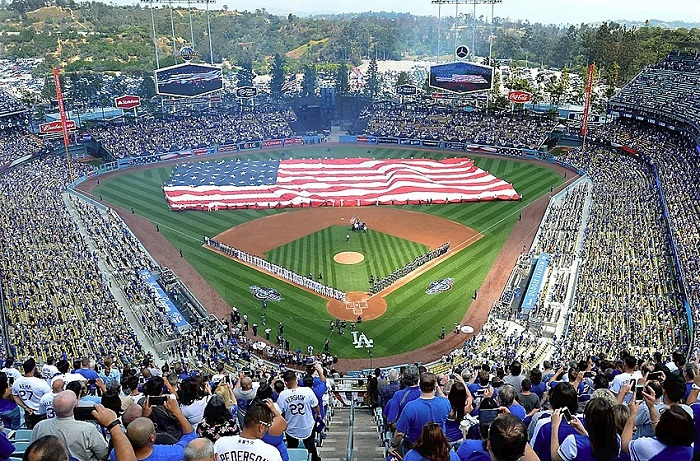 dodgers offer opening day tips  blue la
