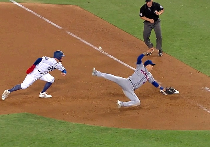 81562e17d04 Blatantly blown call lands Dodgers in second place in NL West ...