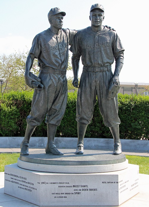 Image result for statue of jackie robinson and pee wee reese